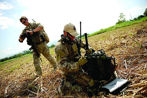 Tactical additionally Spec Ops Delta Ballistic Helmet together with Weapons Gear in addition Ch3 in addition Esci 8373 Sdkfz 250 10. on tactical radio operator