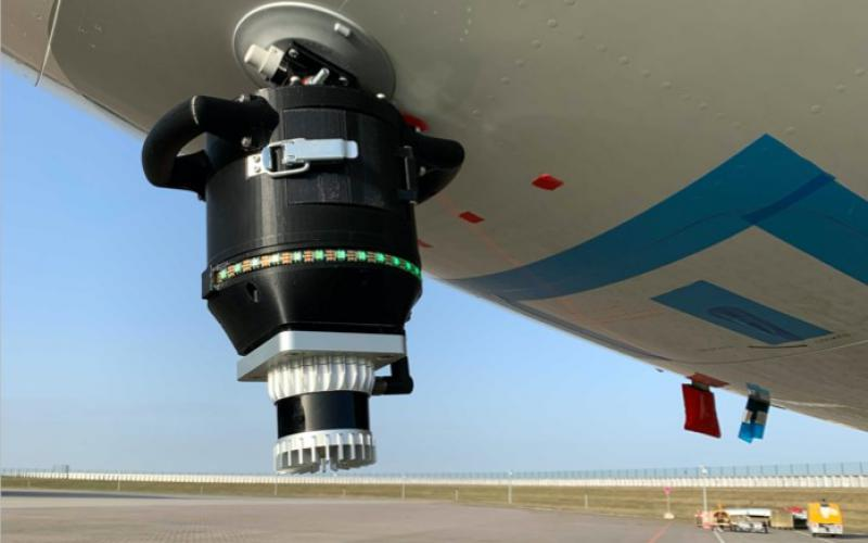 Evitado developed a plug-and-play sensor solution for ground operators to avoid collisions when moving aircraft. The core component is the 360-degree, 3D Lidar system, similar to the advanced systems being used in the development of driver-less cars. Credit: Evitado