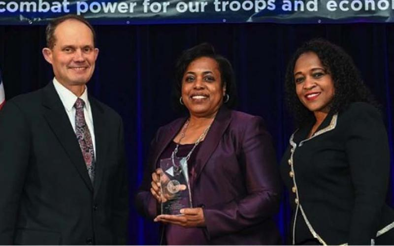 haron Jones, director of DISA's Office of Small Business Programs (OSBP), received the 2016 Tracey L. Pinson Small Business Professional of the Year Award in recognition of her commitment to the DOD's small business mission.