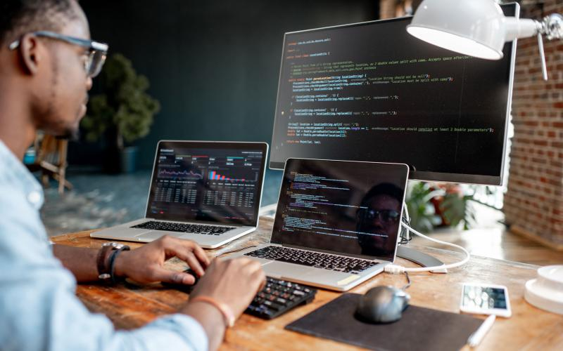 Open source isn't just a concept to be used by programmers but a mode of organization and thinking that can inspire a community of users to collaborate and share ideas. Credit: Shutterstock/RossHelen