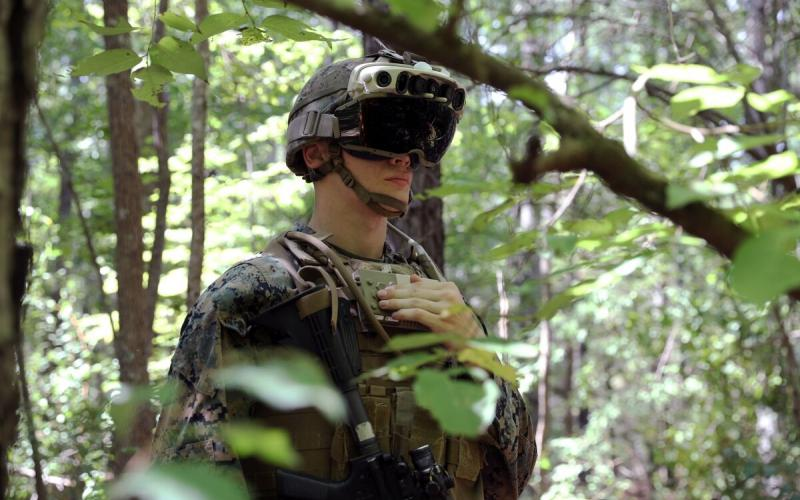 A U.S. Marine wears a version of the Army's Integrated Visual Augmentation System, which combines night vision goggles with virtual reality capabilities. U.S. military officials envision a future in which next-generation mobile technologies enable a wide range of technical capabilities both on and off the battlefield. Credit: U.S. Army photo