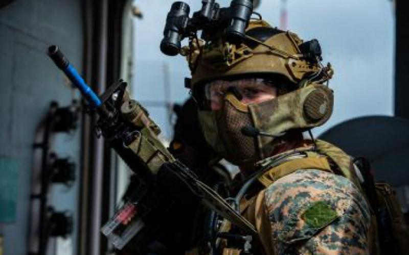 The 31st Marine Expeditionary Unit uses the CACI BEAM radio system developed under the DARPA Squad X program, which ends this year.  U.S. Marine Corps photo by Cpl. Isaac Cantrell