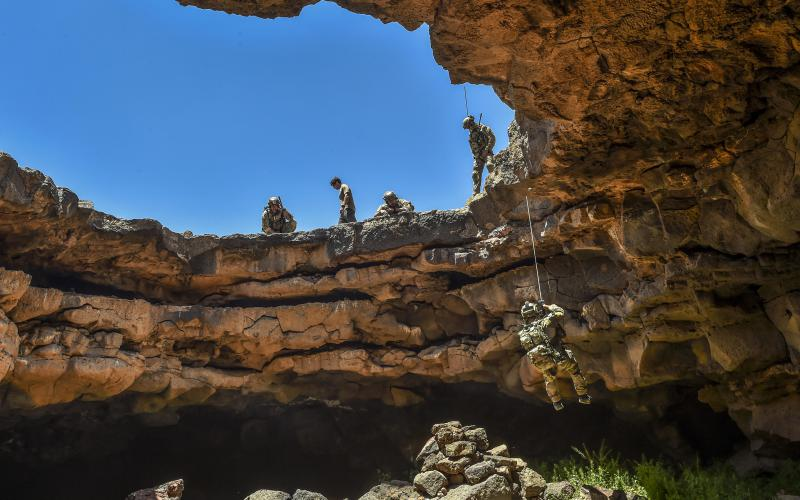 A special tactics airman assigned to the 24th Special Operations Wing rappels into the Al-Badia cave complex in Mafraq governorate, Jordan, during a personnel rescue mission as part of a military exercise. The wide array of missions and technological needs poses a challenge for the U.S. Special Operations Command Science and Technology Directorate.
