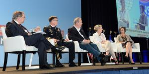 Describing U.S. actions against cyber attacks at the AFCEA/INSA Intelligence and National Security Summit are (l-r) panel moderator David Sanger, The New York Times; Lt. Gen. Stephen G. Fogarty, USA, commander, U.S. Army Cyber Command; Rick Howard, chief security officer, Palo Alto Networks;Jeanette Manfra, assistant director for cybersecurity, DHS; and Tonya Ugoretz, deputy assistant director for cyber, FBI. Credit: Herman Farrer Photography