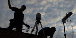 While the push for shared spectrum comes from the private sector to support 5G, the Defense Department has to maintain access to warfighters. Warfighters from a spectrum management team in East Africa conduct radio frequency surveys.  Airman 1st Class Brennen Lege, Combined Joint Task Force - Horn of Africa.