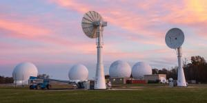 The Naval Research Lab's Blossom Point satellite tracking facility is fully automated, reducing manpower and costs. Now, the research lab is extending those capabilities with autonomous antennas in California and Hawaii.   Emanuel Cavalarro