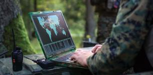 The Defense Information Systems Agency's Cyberspace Operations Directorate is relying on a so-called battle drill concept, pulling in teams of experts to troubleshoot and fix hard-to-solve communications challenges. Credit: Shutterstock/Gorodenkoff