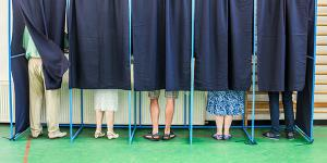 The intelligence community is schooling election officials on the risks of adversarial influence campaigns during elections. Credit: Shutterstock/Alexandru Nika