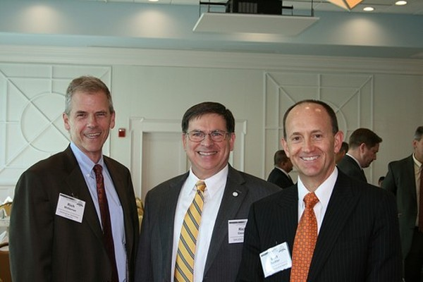 Rich Mittelman (l), Rich Gaudio (c) and Bert Sadtler enjoy networking during the chapter�s October event.