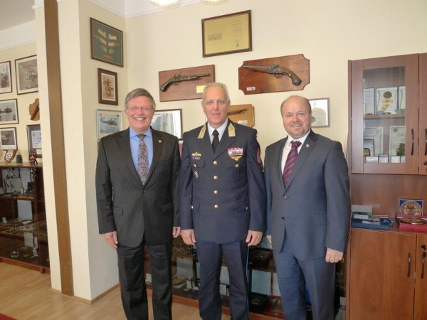 Meeting at Hungarian Ministry of Defense in October are (l-r) Maj. Gen. Klaus-Peter Treche, GEAF (Ret.), general manager, AFCEA Europe; Lt. Gen. Zoltan Orosz, Ph.D., deputy chief of defense; and Petr Jirasek, regional vice president.