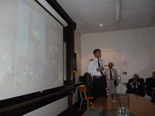 ARGENTINA�Capt. Francis Joseph Brosz, ARA, speaks at an April conference on electronic warfare missile defense.