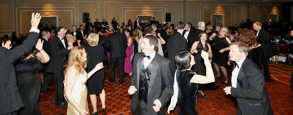 In March, attendees hit the dance floor for the 8th Annual Valentine's Gala.