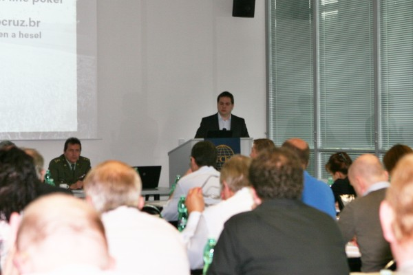 Miroslav Nečas of TOVEK gives a presentation at the May cyber workshop.