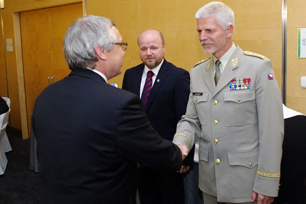 Josef Strelec (l), chapter president, presents the chapter�s highest award, the Silver Medal of Merit, to Petr Jirasek (c), member of the Executive Committee and regional vice president, and Lt. Gen. Petr Pavel, CZA, chief of the general staff of the Czech Armed Forces.