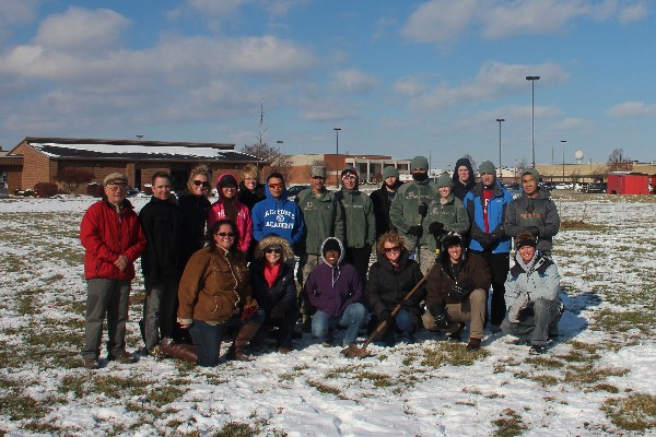 The chapter had a great turnout of volunteers in November who planted several trees to honor fallen warriors.