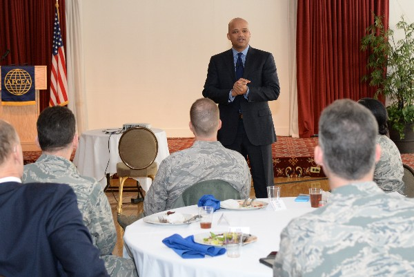 Robert Curbeam Jr., vice president, mission assurance, quality and Raytheon Six Sigma, Raytheon Integrated Defense Systems, addresses the crowd at a Diversity Committee luncheon commemorating African American History Month in February.