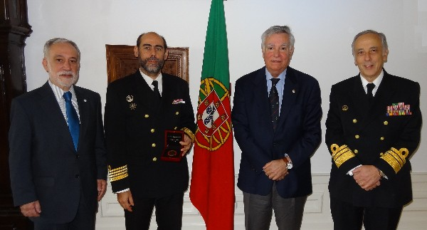 In December, Capt. M�rio Sim�es Marques, PRT (N) (2nd from l), receives the Medal of Merit Award from Rear Adm. Carlos Rodolfo (2nd from r), AFCEA director and regional vice president of the Atlantic Region, along with Vice Adm. Ant�nio Manuel Fernandes da Silva Ribeiro, PON (far r), the Portuguese Navy's materiel superintendent, and Rear Adm. Mario Durao, PRT NA (Ret.), chapter president.