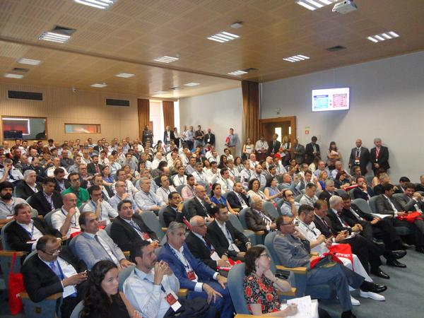 More than 250 attendees pack the auditorium of the Military University Institute in Lisbon during the chapter's Cybersecurity Forum in May.