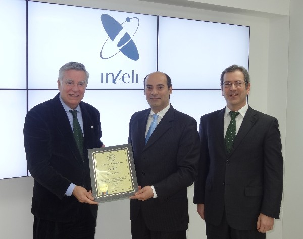In January, Rear Adm. Carlos Rodolfo, PRT (Ret.) (l), chapter president, presents Alexandre Videira (c), member of the board of INTELI, with a corporate membership certificate in the presence of Pedro Filipe, program manager for aeronautics at INTELI.