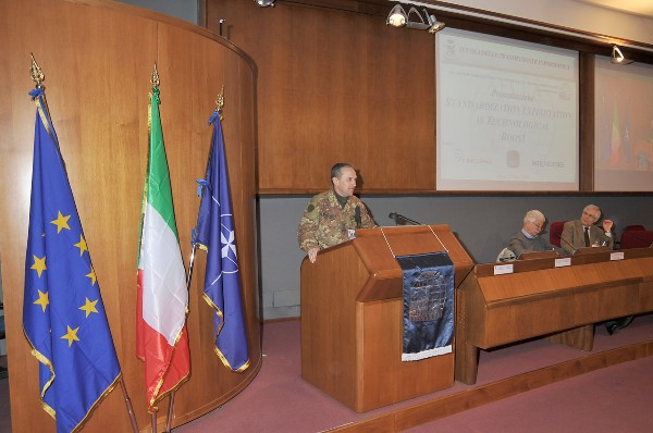 Maj. Gen. Umberto Castelli, IA, commander of the School of Transmissions and Informatics of the Italian Army, gives the welcome speech at the chapter�s March event on standardization. Alongside him are Claudio Buccini (c), Finmeccanica, former chapter vice president and promoter of this event, along with Lt. Gen. Pietro Finocchio, ITAF (Ret.), chapter president.