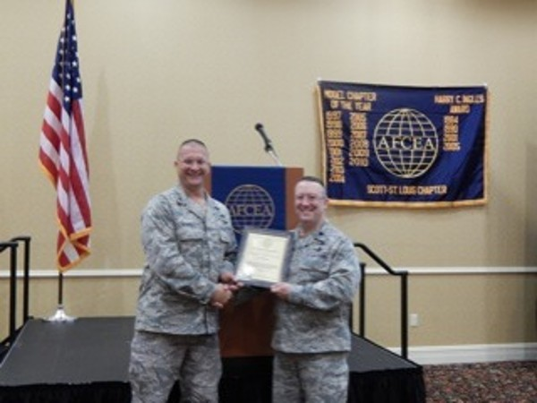 Lt. Col. Lanny Greenbaum, USAF (r), receives an AFCEA Lifetime Membership certificate from Col. Bosko in September.