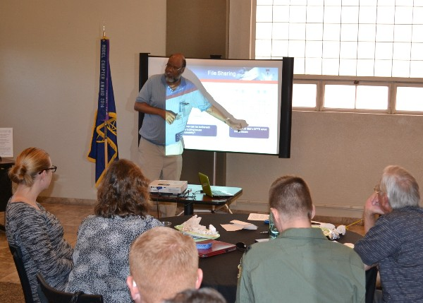 Ervin Frazier, senior scientist for the innovation and technology business element at Rincon Research Corporation, shares the complexities of high performance cloud computing with attendees at the February chapter luncheon.