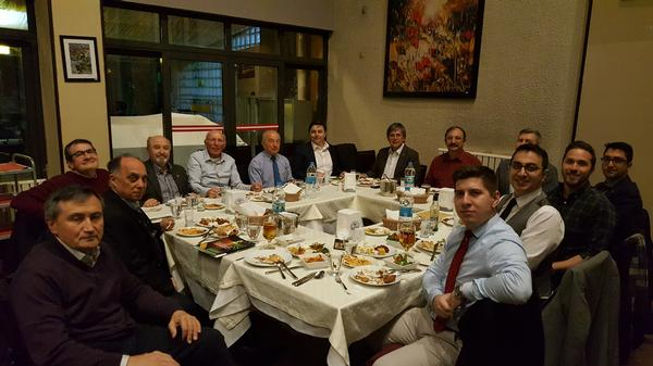 In March, chapter members gather for a spring meeting and dinner.